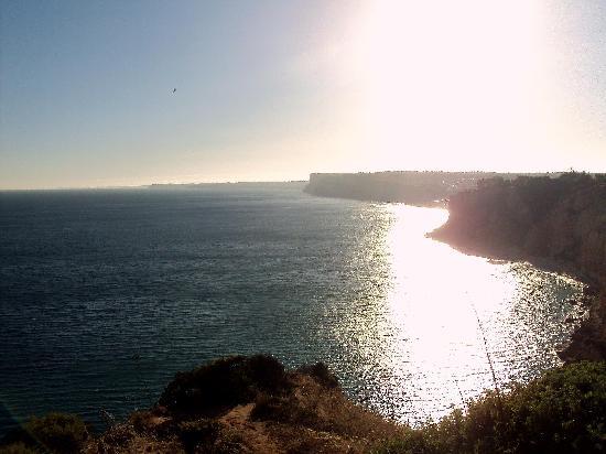 Vista de la costa desde Ponta da Piedade hasta Sagrés.