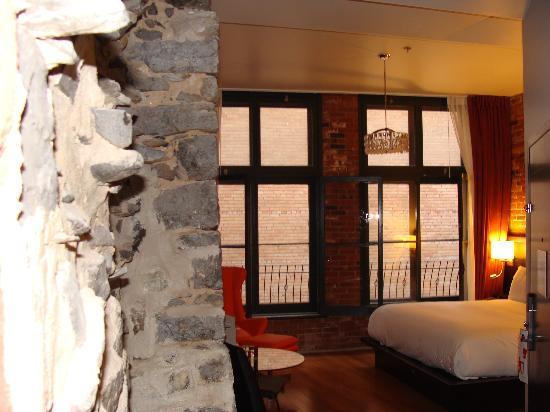 Le Petit Hotel : Nov 2011
