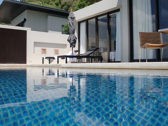Conrad Koh Samui : View of villa from room