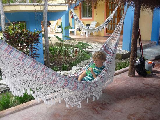 Village Tan Kah : love the hammocks!