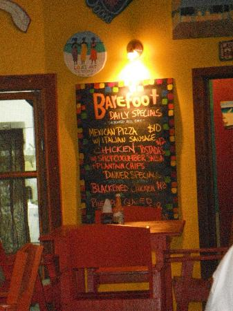 Barefoot Bar: Terrible drinks!