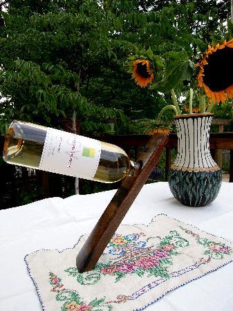 Shinn Estate Vineyards: Charming Coalescence - Shinn Estate