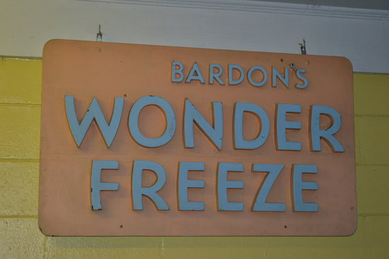 Bardon's Wonder Freeze: The sign, so you know it when you see it!