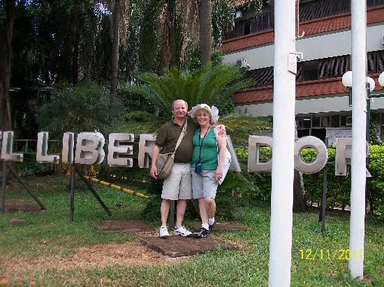 El Libertador: Alberto y Mary