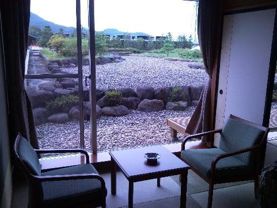 Hotel Koyo: 部屋から見える内庭