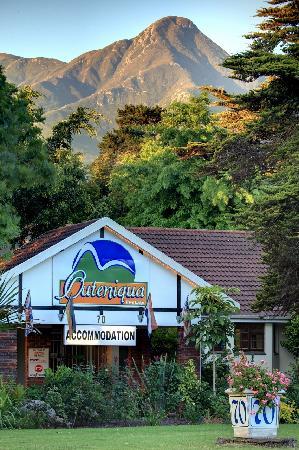 Outeniqua Travel Lodge: Street view
