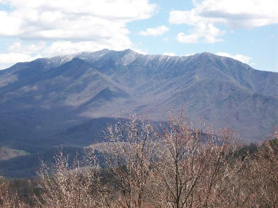 The Summit of Gatlinburg: view at top of mountain before entrance and outer road view condos