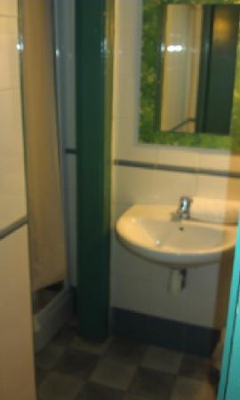 Que Tal: dreckiges Badezimmer