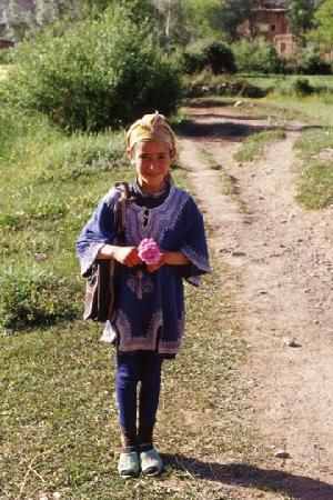Ait Bougmez Valley : local girl from valley