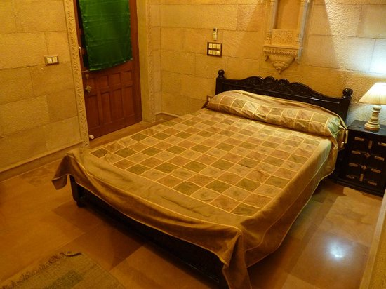 Hotel Pleasant Haveli: Dormitorio