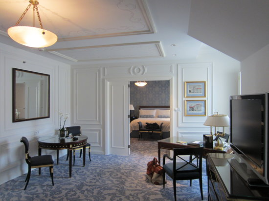 Four Seasons Hotel Prague: Renaisssance Suite