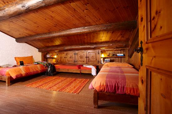 Alpenlodge Livigno Apartments: ALPENLODGE***LIVIGNO apartments apt ZUELLI