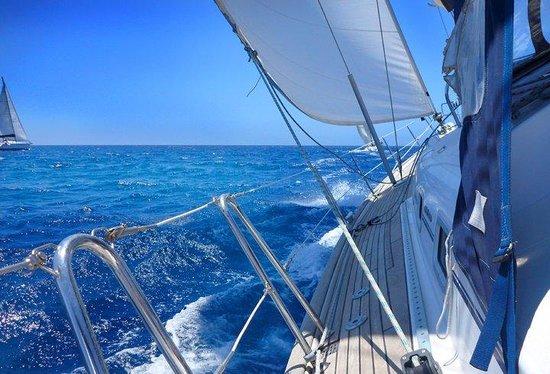 Sail Gozo Tours: Open waters, sun, sea, sails.....