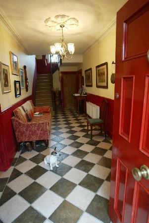 Lough Bishop House: Inside the front door