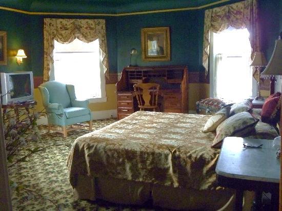 Union Gables Mansion Inn : Annie Room