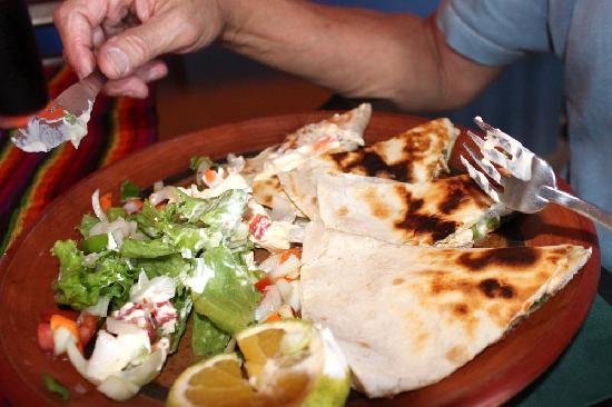 El Mexicano: Chicken Quesadilla