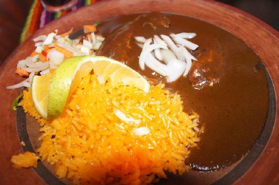 El Mexicano: Chicken with Mole Sauce