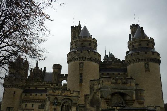 Pierrefonds, France: Exterior