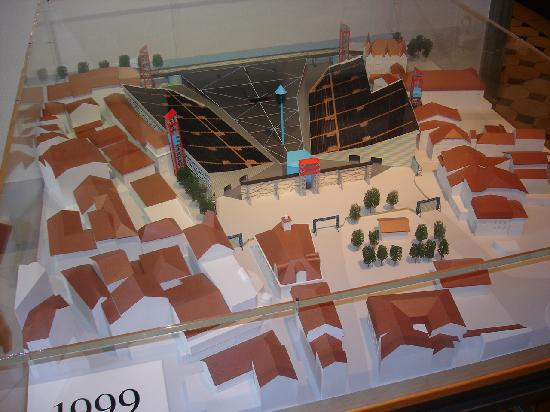 Musee de la Confrerie: Modell der Arena für die Fête des Vignerons 1999