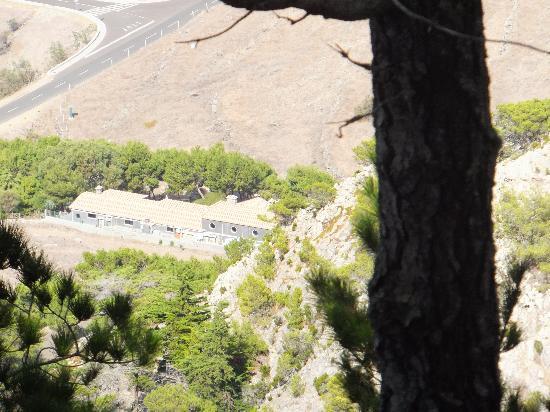 Pico Castelo Viewpoint: Quinta do Serrado from the top of Pico Castelo