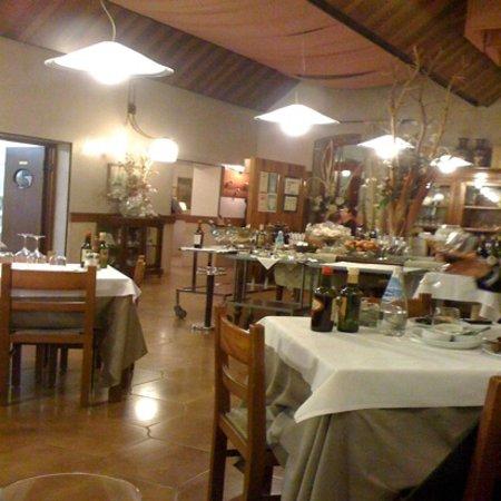 Dossobuono, Włochy: sala interna