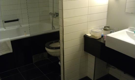 Radisson Blu Hotel, Malmo: bathroom