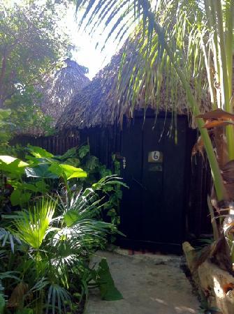 Rancho Tranquilo: private economy cabanas