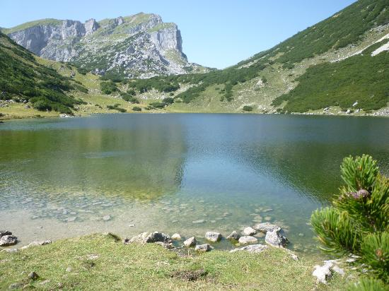 Lago Zireiner: il Rofanspitze riflesso nel lago