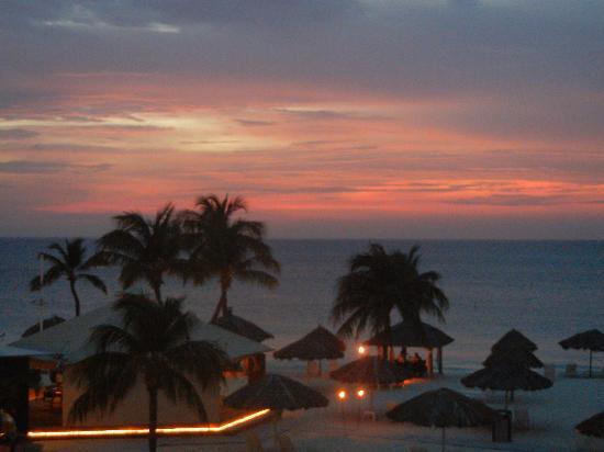 Bucuti & Tara Beach Resort Aruba: View off our balcony in the Tara Suites