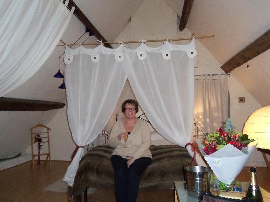 The Manor House Monkton Combe Bath: The Silk Room
