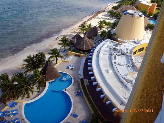 Melia Cozumel Golf - All Inclusive: pool area - beach - aerial view