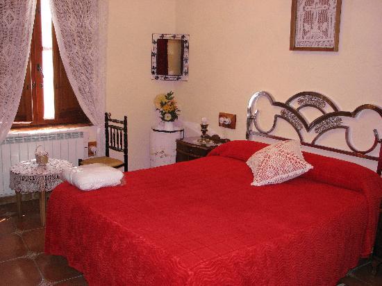 Casa Rural Alcabalas: Dormitorio matrimonio Alcabalas
