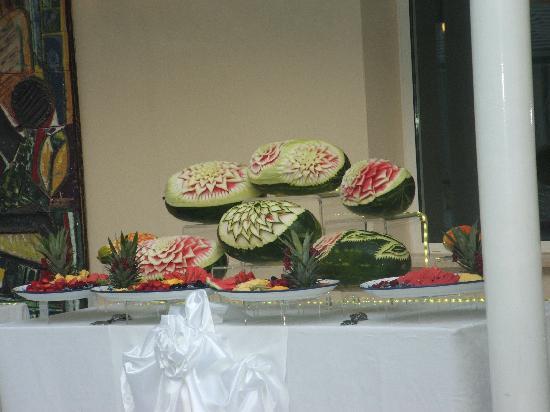 Hotel Terme Metropole: sculture di frutta