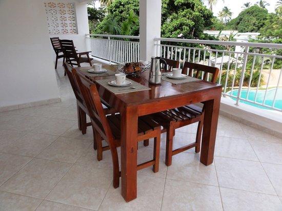 Residencia Caoba: Terrace condo Caoba