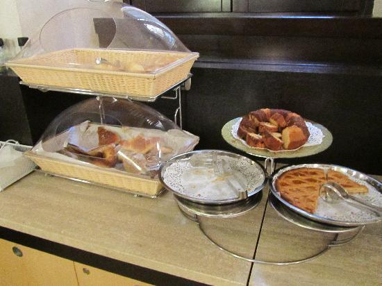 โรงแรมเยส: breakfast