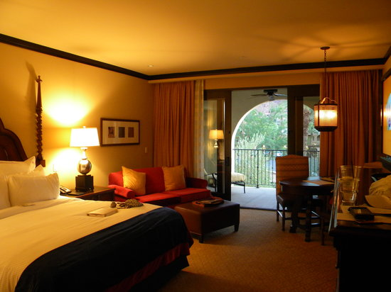 Omni Scottsdale Resort & Spa at Montelucia: Guest room