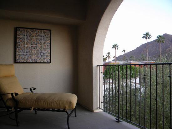 Omni Scottsdale Resort & Spa at Montelucia: Balcony
