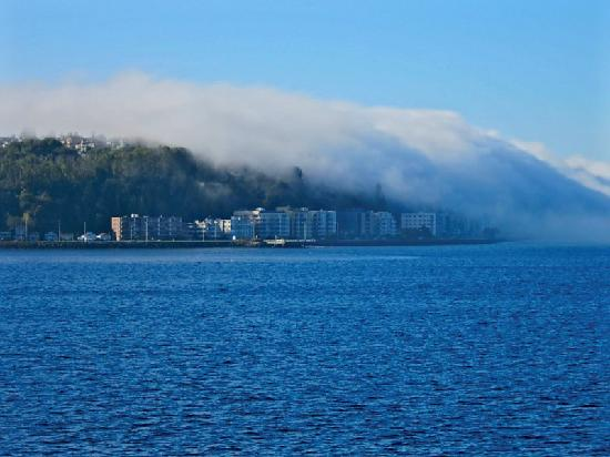 Washington State Ferries: Fog over the city