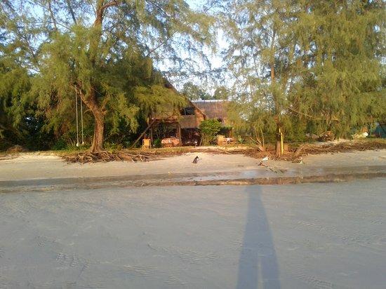 Otres Beach 2011-3