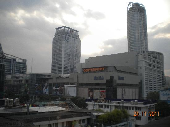 Bangkok City Inn: Window View
