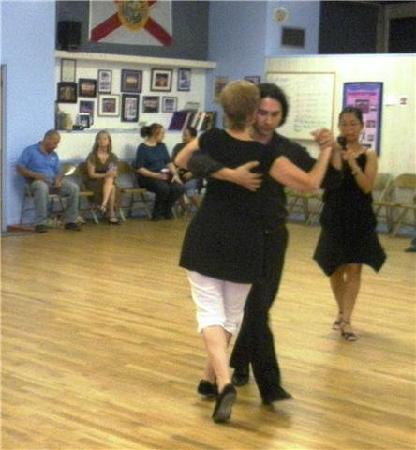 Tango Alejandro Gee: Teaching in Florida