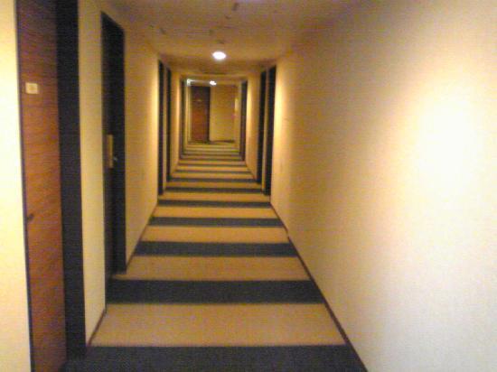 Keio Presso Inn Kayabacho: 廊下