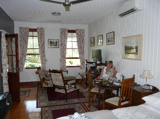 Lucerne on Fernberg: Relaxing in Rose Cottage