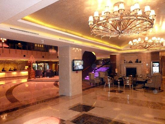 Grand Noble Hotel : Grand Noble Lobby