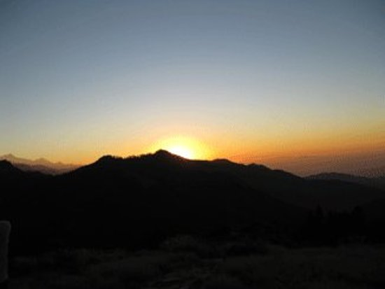 Himalaya Heart Treks & Expeditions: Sunrise from Poonhill