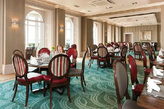 The Waterfront Restaurant at Dover Marina Hotel: Restaurant