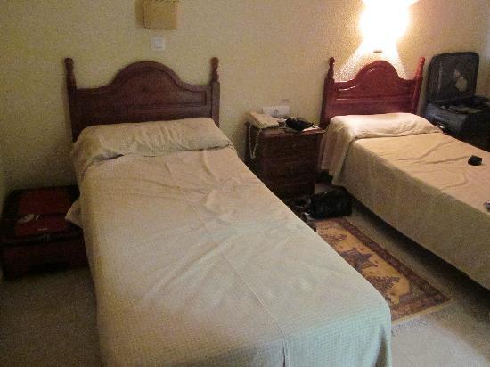 Hotel Sur: Room interior
