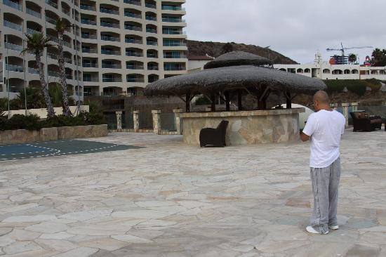 Las Olas Resort & Spa: Outside view