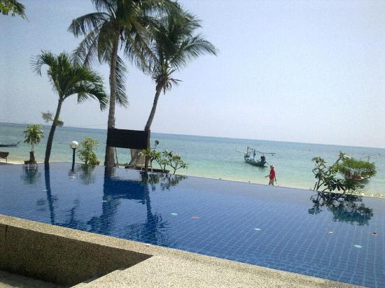 Al's Hut Resort: Blick von der Liege auf's Meer