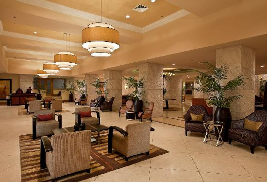 The Federal Palace Hotel: Lobby